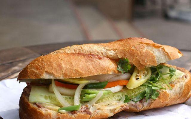 Bánh Mì 24 - Trần Nhân Tôn