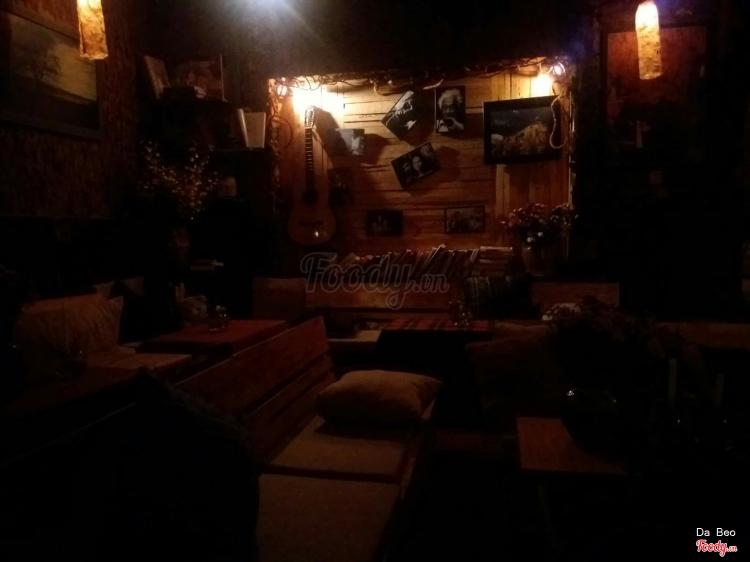 Căn Nhà Xưa - Nhạc Quán Guitar ở Lâm Đồng