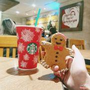 Bánh quy Giáng Sinb + đồ uống