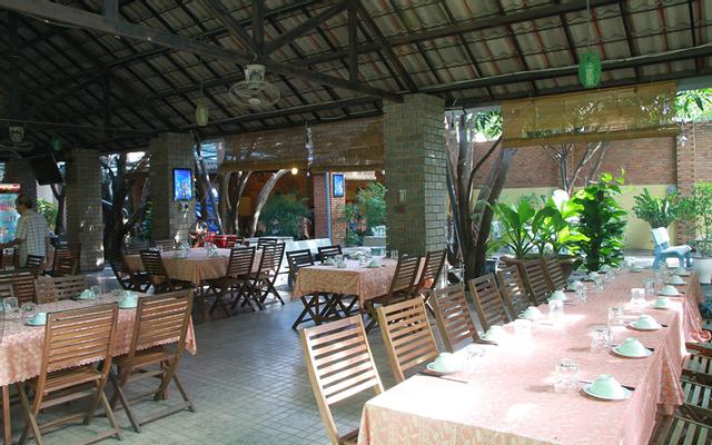 Cây Cảnh Restaurant - Món Việt