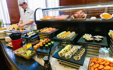 Top Nhà Hàng Buffet Trong Các Khách Sạn Lớn ở Hà Nội