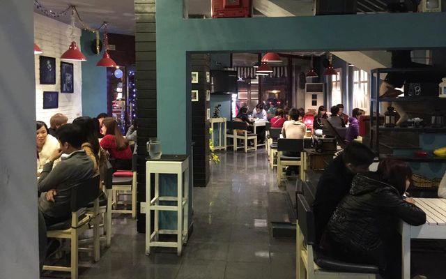 Light Coffee Studio - Lạch Tray