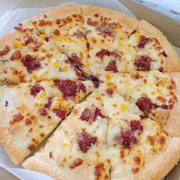 Ăn ở pizza hut max nhiều rồi mà chẳng mấy khi chụp ảnh gì cả