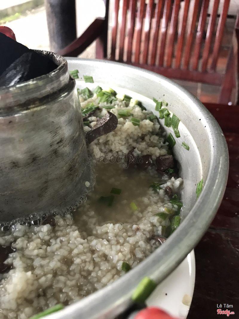Gạo không nhừ, còn nguyên hạt, nhìn thì ngon mắt