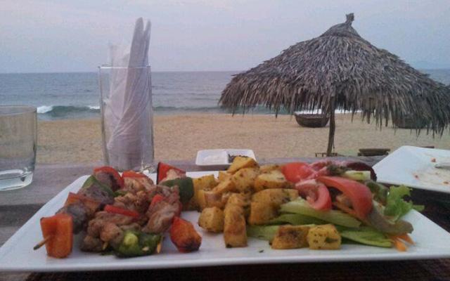 Banyan Beach Bar & Restaurant