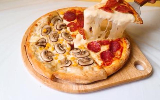 Zone7 - Pizza & Mini Cinema