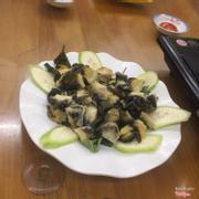 Ốc ăn với lẩu