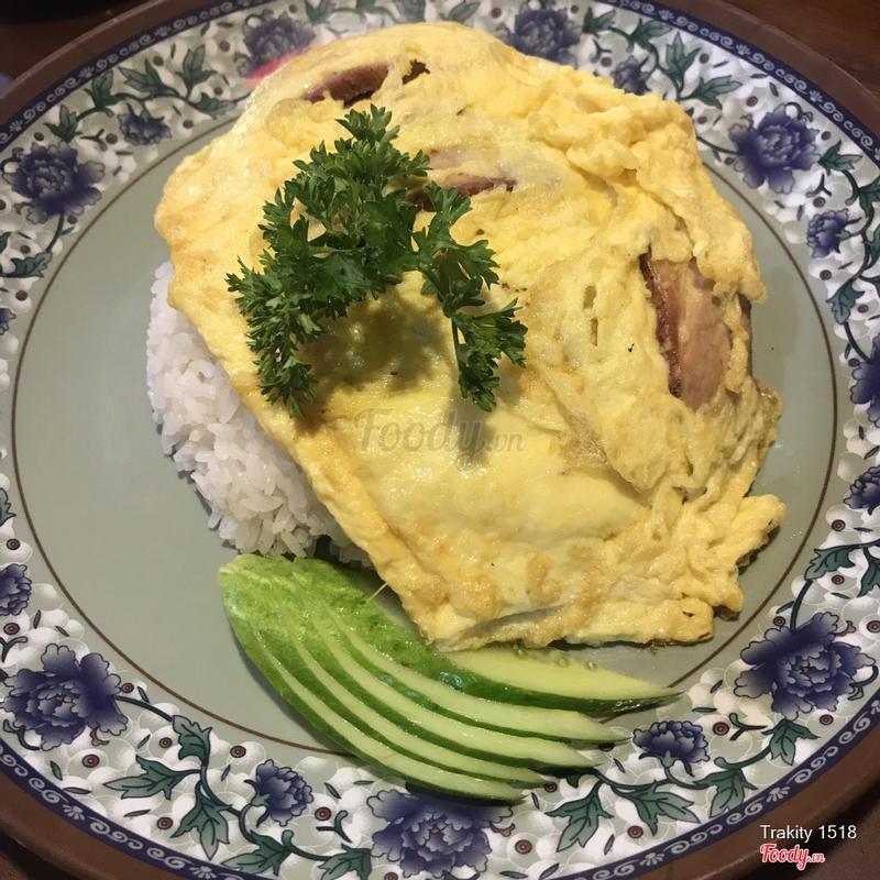 Cơm trứng