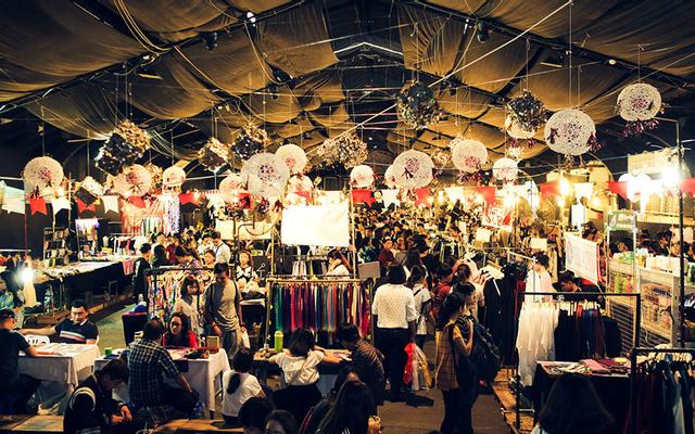 Chợ Đêm Saigon - Lotte Mart