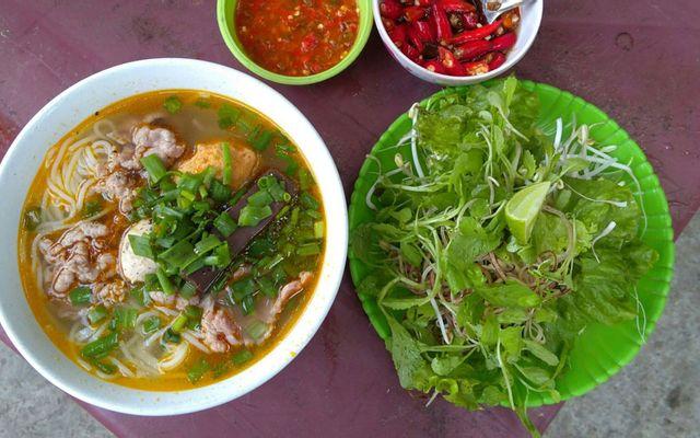 Bún Bò Út Vân - Chung Cư Huỳnh Văn Chính 1
