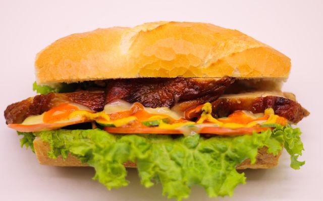Bánh Mì PewPew - Đường D5