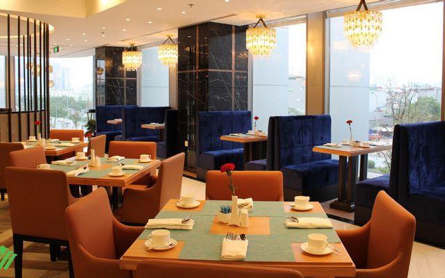 Silk Garden Restaurant - Wyndham Garden Hanoi Hotel