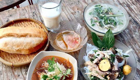 Quán Hen - Bánh Ướt Lòng Gà, Bánh Mì Xíu Mại & Sữa Đậu Nành