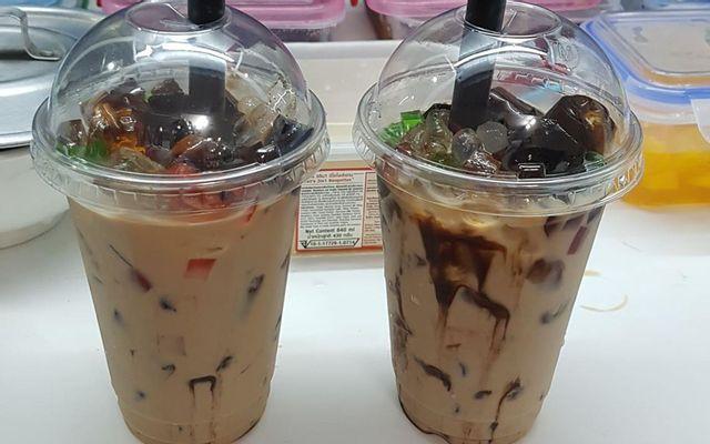 Ting's Yogurt, Teas & Foods