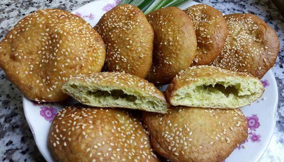 Bánh Tiêu Chú Dũng - Cống Quỳnh