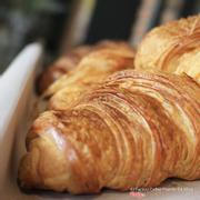 Croissant  (1 piece/set)