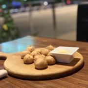 Seasame bread