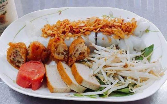 Bánh Ướt Nóng Bình Dân - Nguyễn Gia Trí