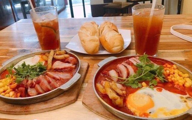 Bánh Mì Chảo, Bò Bít Tết & Mì Cay - Cát Cụt