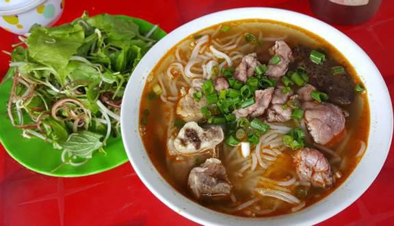 Cô Hương - Bún Bò Huế & Bò Kho