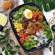 Salad sườn vào thứ 4