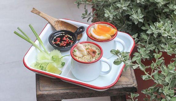 Ăn Cơm Uống Nước - Thái Bistro & Coffee