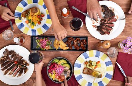 The First Steakhouse & Winery - Hoa Đào