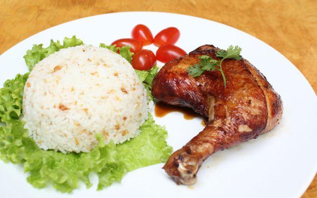 Cơm Gà Quán Ngon - Phú Diễn