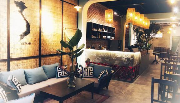 Nguyen Haus & Café