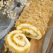 Bông lan trứng muối cuộn: 160k/ ổ , 20x10cm Bánh có hai loại xốt: xốt xám xịt + xốt dầu trứng Nhân gồm: phô mai, trứng muối, chà bông Bộ kit kèm bánh: hộp đựng giấy + 1 dao gỗ+ 2 nĩa gỗ + 2 dĩa giấy