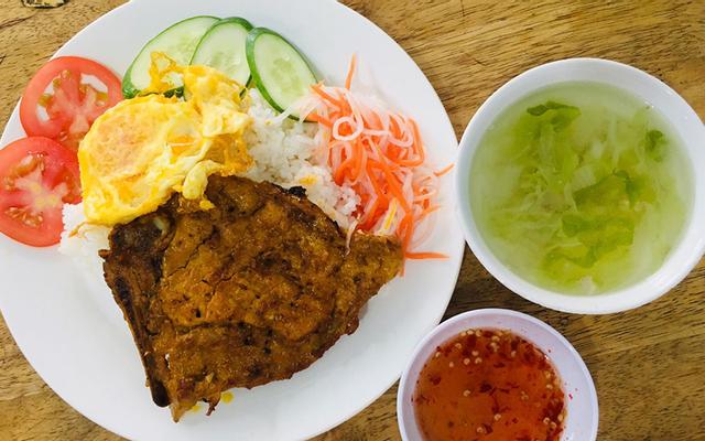 Cơm Gà Nam Anh Quán