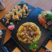 Bamboo Roll và Bánh Xèo Nhật