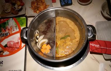 Hotpot Story - Hoàng Hoa Thám