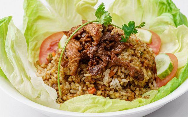 Shin Foodcourt - Cơm Chiên & Mì Xào