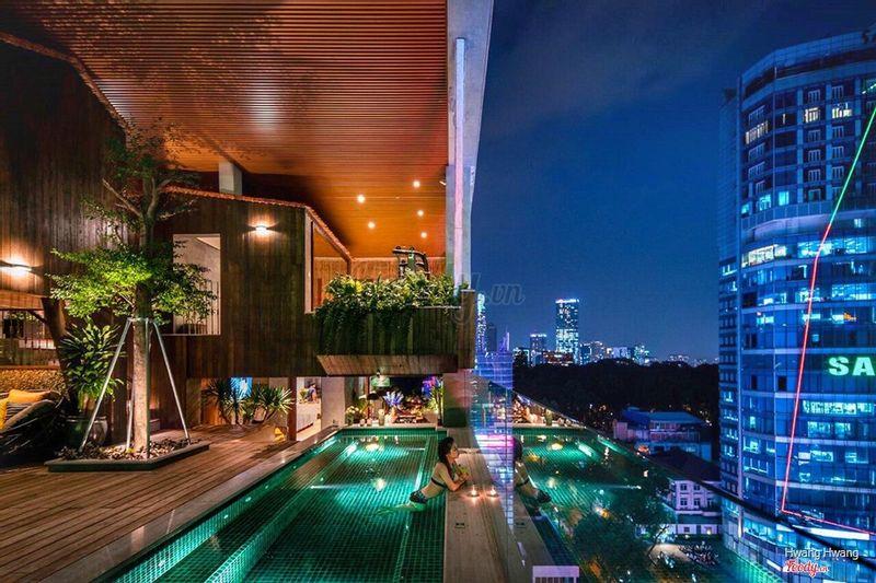 Ylang Rooftop Bar