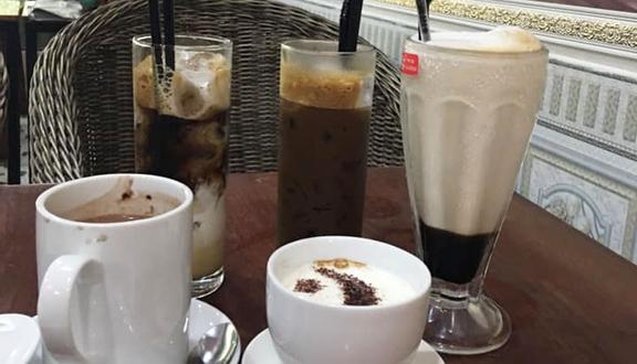 Táo Tây Coffee
