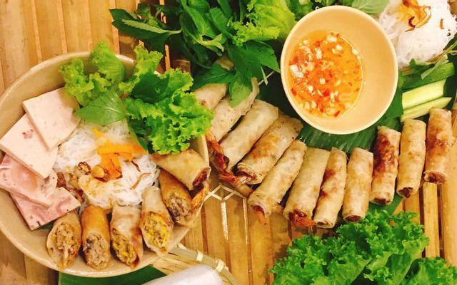 Gánh Tre - Chả Giò Ram Bắp - Lê Văn Lương