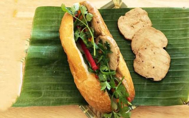 Fingerprint - Bánh Mì Chay - Cách Mạng Tháng 8