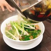 Chan Phở