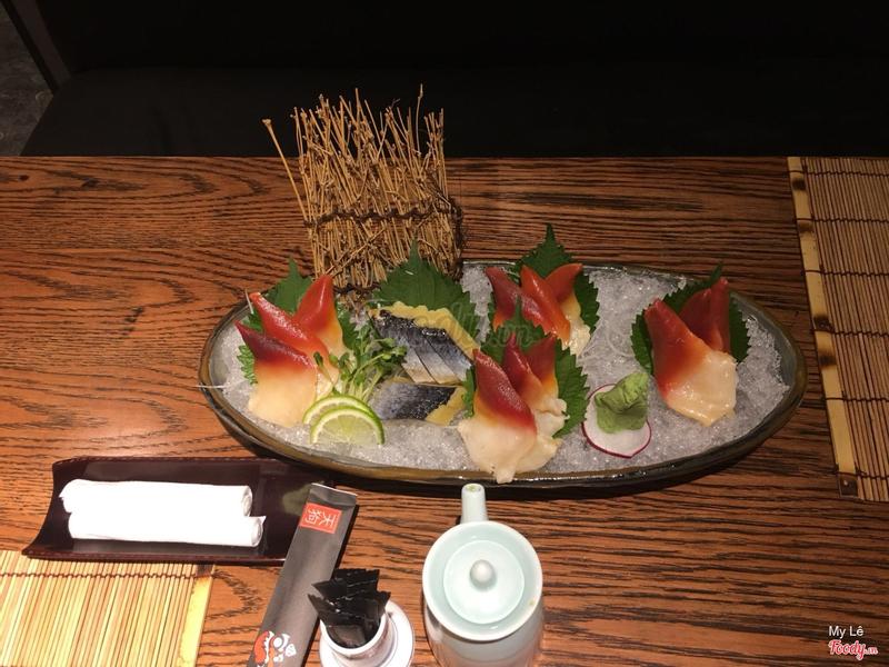 Sashimi sò siêu ngon, cá hồi cũng ngon