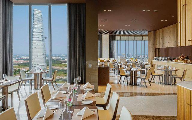 SKY28 Restaurant - Sedona Suites Ho Chi Minh City