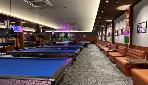 KISS Billiards & Lounge