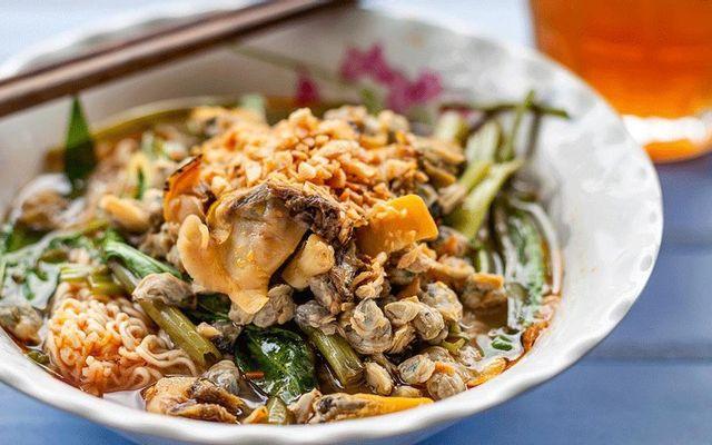 Cô Kiều Trần Phú - Mì Ốc Hến & Bánh Gạo Cay Hàn Quốc