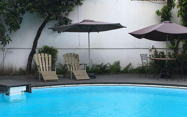 Premier - Studio Pool & Coffee