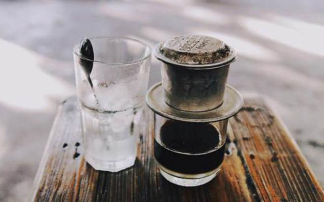 Đỉnh Coffee - Chử Đồng Tử