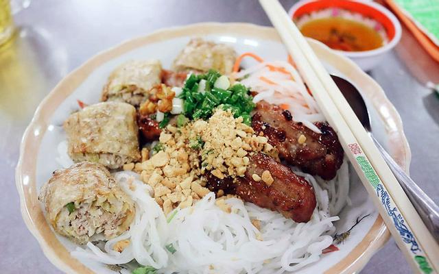 Lai Bông - Cơm Tấm & Bún Thịt Nướng