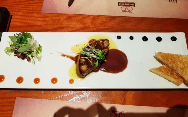 Moo Beef Steak - Lý Tự Trọng