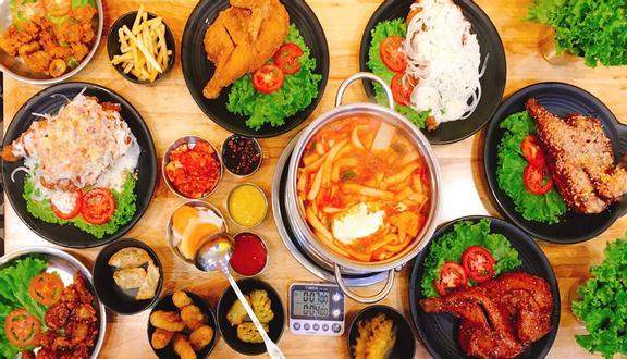 Chicken Plus - Hoàng Văn Thụ