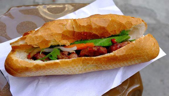 Bánh Mì Đông Ba