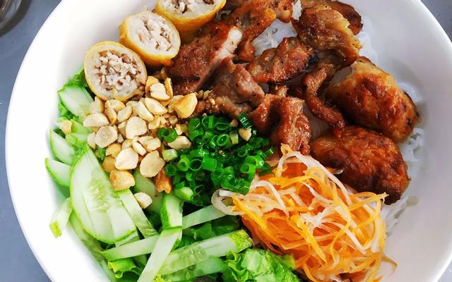 Gác Bếp - Bún Chả Giò & Bánh Canh